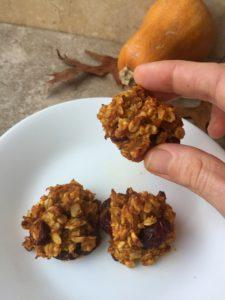 Vegan Honeynut Squash Gluten-Free Oatmeal Cookies {#GlutenFree #Vegan #Vegetarian #SoyFree #DairyFree #NutFree #EggFree #dessert #cookies #cookie #baking #bake #thanksgiving #fall